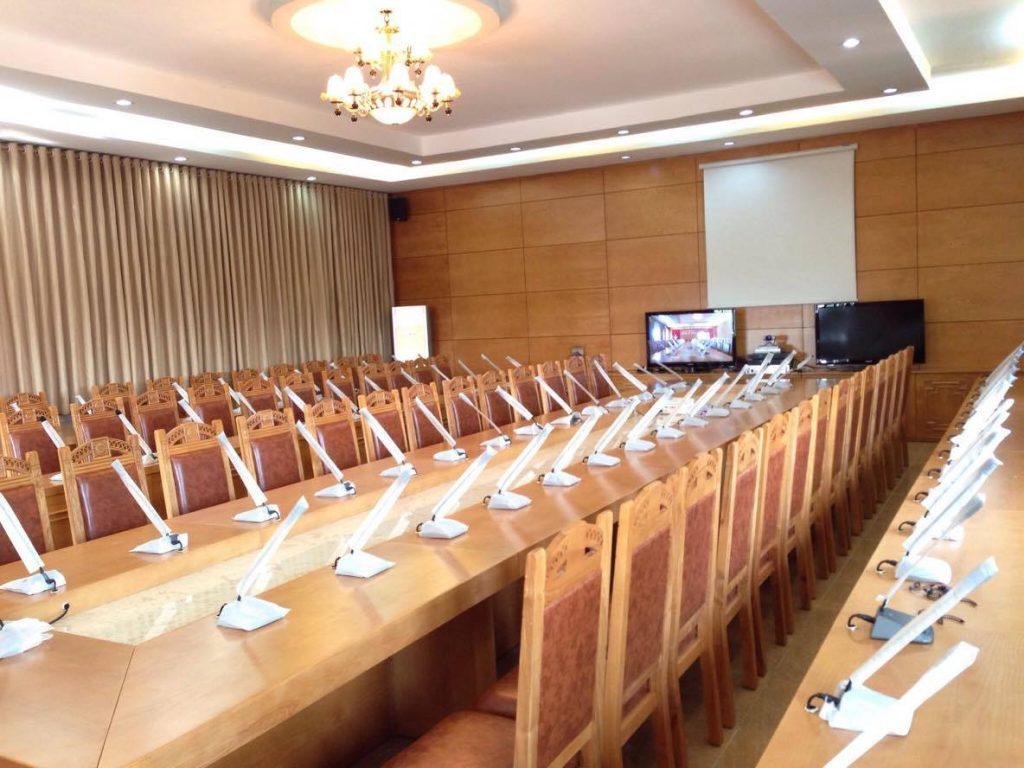 Lắp đặt âm thanh hội thảo phòng họp